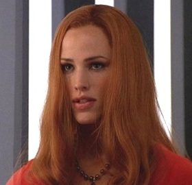 Jennifer Garner red wig Parity