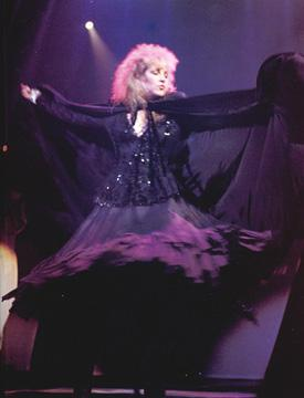 Stevie Nicks dancing on stage