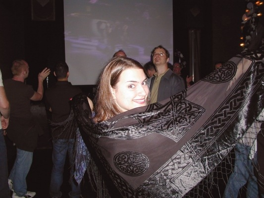 Stevie Nicks fan with shawl